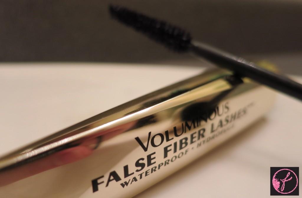 e11e7ef04fe REVIEW: L'Oreal Voluminous False Fiber Lashes Waterproof Mascara ...