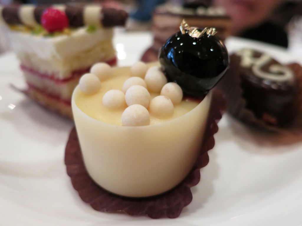 Petits Fours (2013)
